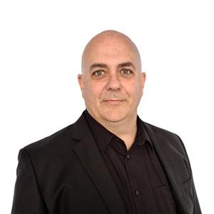 Peter McFarlane headshot